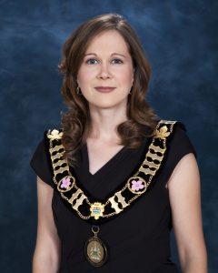 Mayor Lisa Holmes
